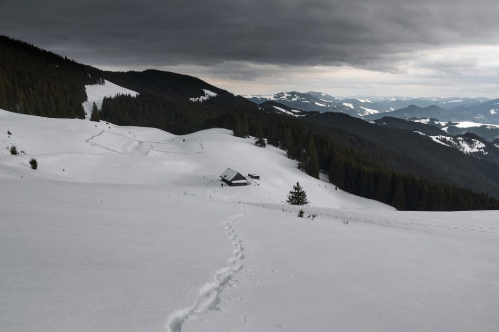 Знайомство із зимовим похідництвом. Вершини Кукул і Кострича